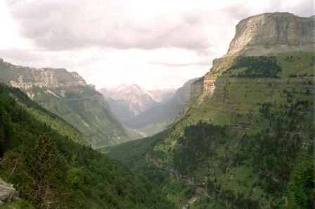 Valle de ordesa, pirineo aragones