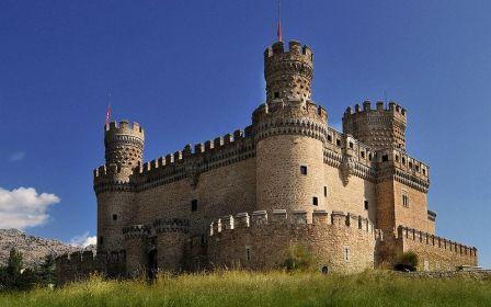Manzanares el Real posee uno de los castillos más representativos de la Comunidad de Madrid