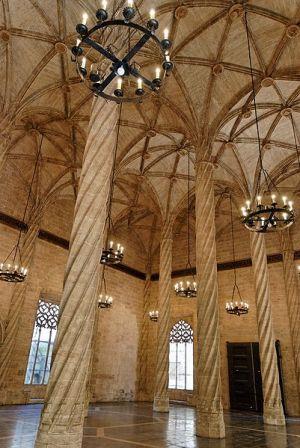 Interior de la Lonja de la Seda, en Valencia