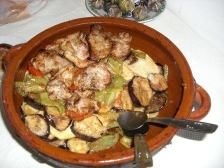 Una greixonera con tumbet, plato tipico mallorca