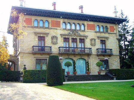 l Palacio de Ajuria Enea es la residencia oficial del Lehendakari de Euskadi.