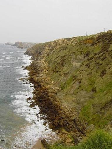 Playa de Somocuevas Oriental, Liencres, Cantabria