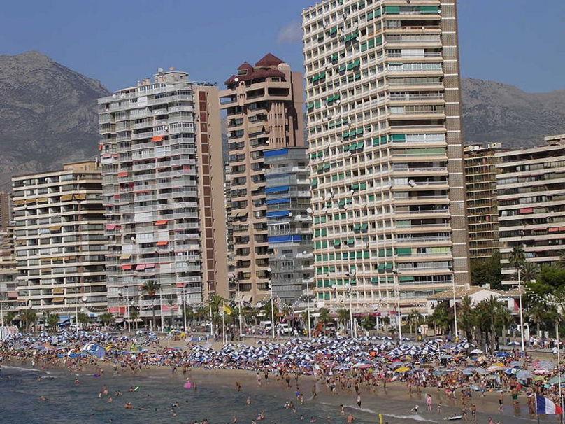 Entre edificios y playas en Benidrom también hay numerosas delebraciones, Marina Baja