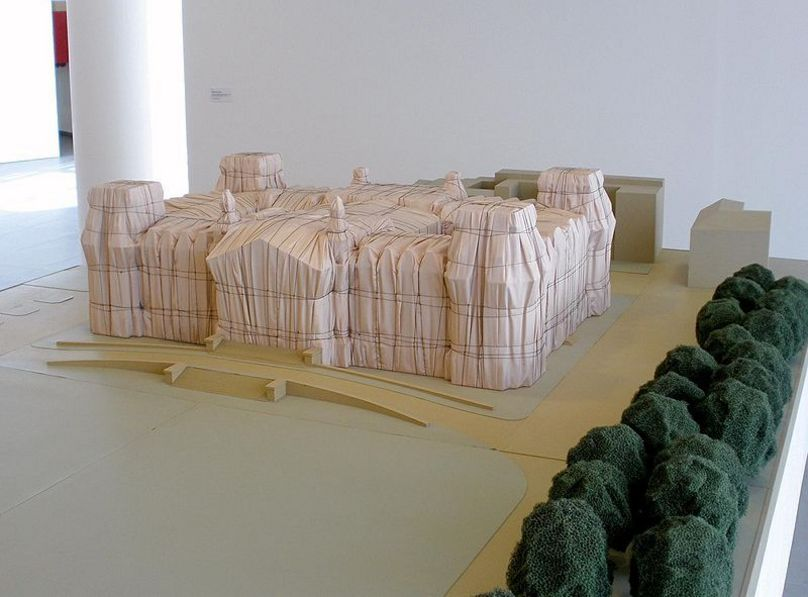 Mock-up of the project of covering of the Reichstag, Museum Würth La Rioja, La Rioja