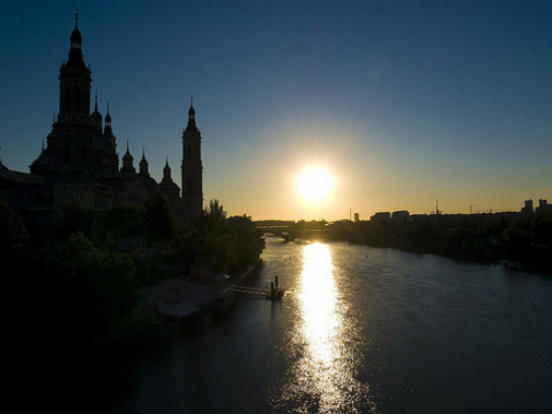 To get dark in Saragossa, Spain