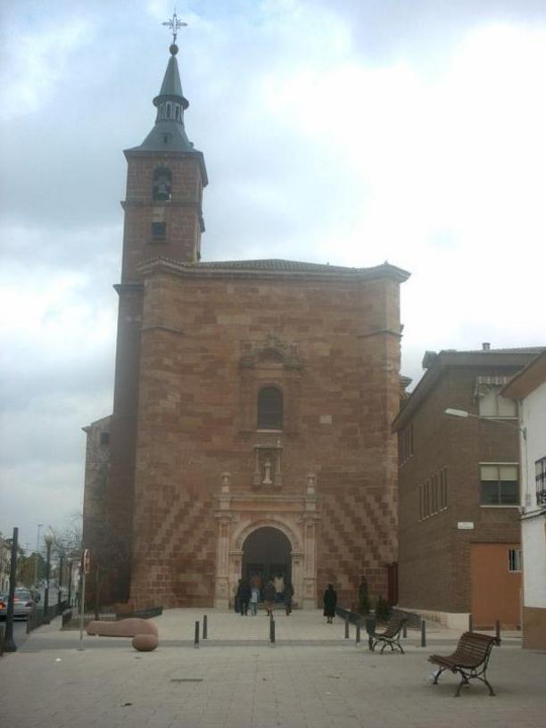 Alc zar de san juan iglesia de san francisco fotos pueblos for Piscina alcazar de san juan