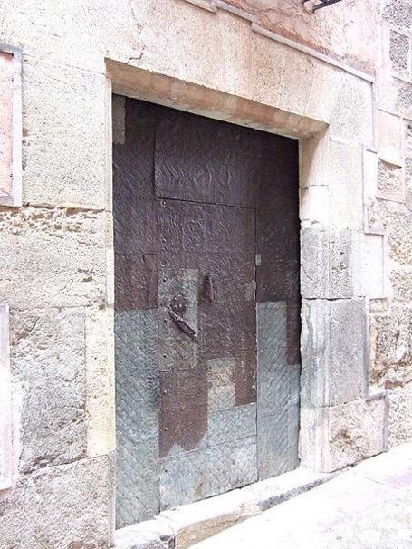 Albarracín - Casa de la Enseñanza - Puerta