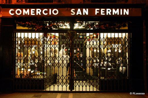 """Tienda de ropa """"Comercio San Fermín"""" en Pamplona Navarra España"""