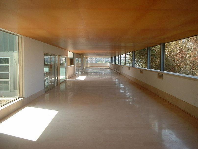 Recorrido por el interior de la Escuela Técnica Superior de Valencia