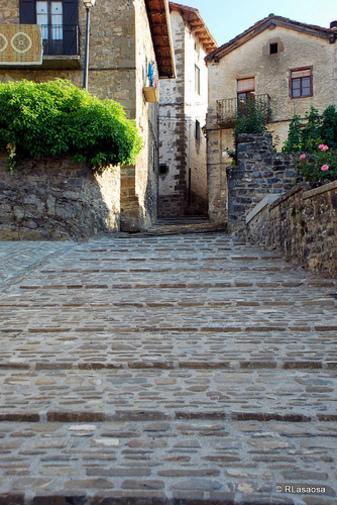 Calle Arana, Roncal Navarra España