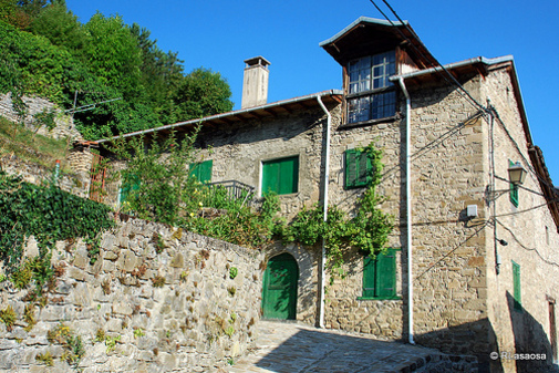 Casa en el barrio de Arana, Roncal Navarra España