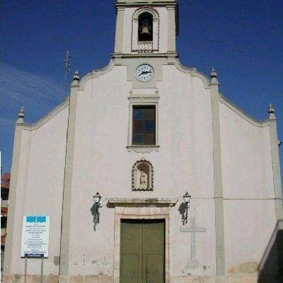 Fachada de la iglesia parroquial de Gabarda