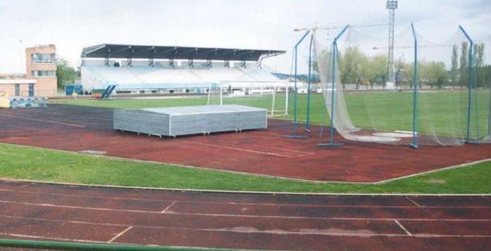 Estadio municipal de arganda del rey fotos pueblos descripcion for Piscina municipal arganda del rey