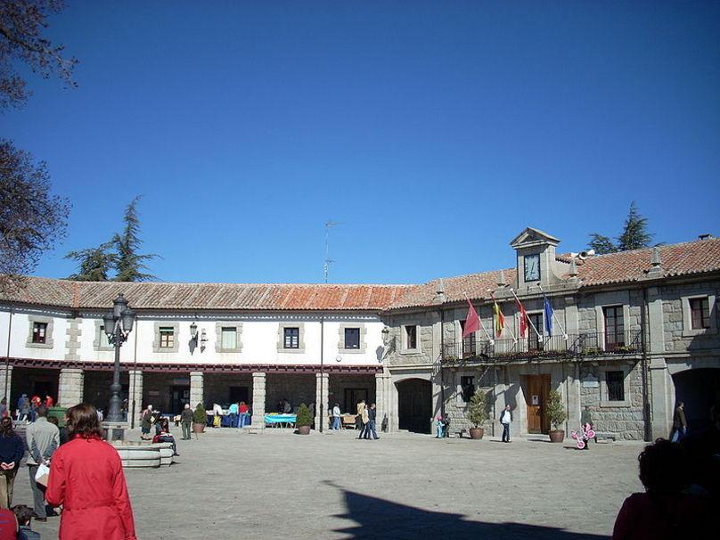 Plaza Mayor, Guadarrama