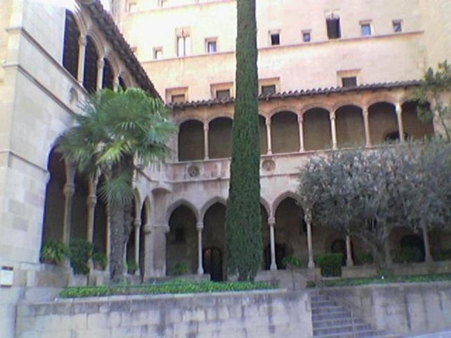 Claustro monasterio de Montserrat