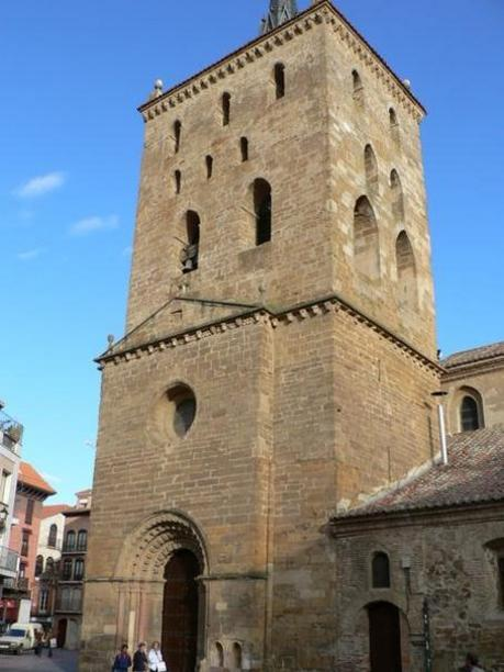 Benavente Iglesia de Santa Maria de Azoague