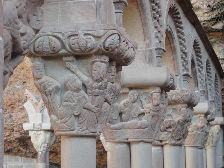 Arqueria del claustro de San Juan de la Peña