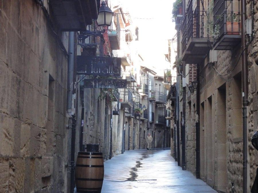 Paseo por las calles de Laguardia