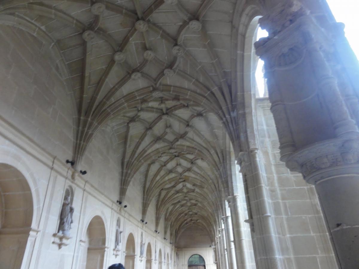 Detalle claustro Yuso