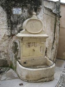 Font  en el Barri Medieval de Bocairent