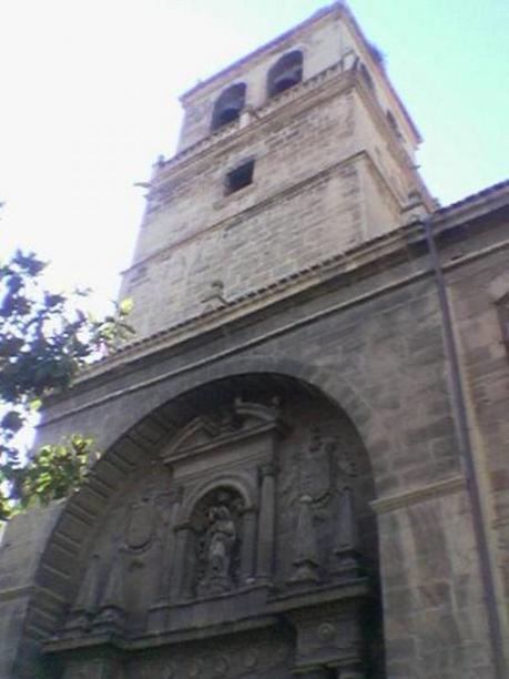 """Logroño, portada de la """"Imperial Iglesia de Santa Maria de Palacio"""""""