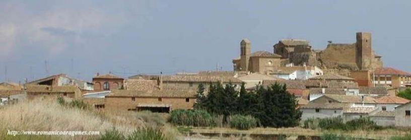 El Castillo y el Pueblo de Novales
