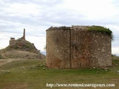 Sarsamarcuello, castillo y ermita