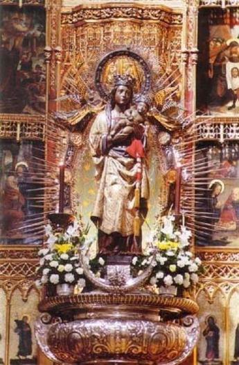 Santa María de la Almudena Patrona Comunidad de Madrid