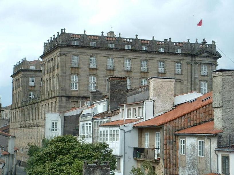 El Palacio de Rajoy (Pazo de Raxoi en gallego),