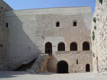 El antiguo castillo sarraceno de Miravet