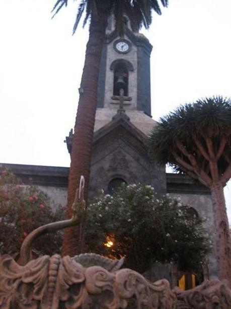 Entrada de la Iglesia Nuestra Señora de la Peña