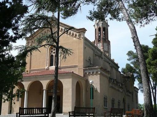 El Santuari de la Salut està situat al municipi de Sabadell
