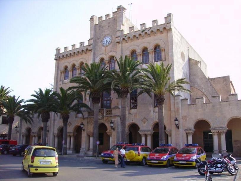Edificio del Ayuntamiento de Ciudadela, Menorca, Islas Baleares