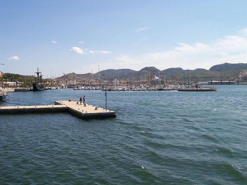 Puerto de Cartagena, España