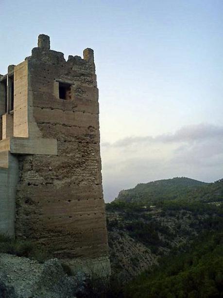 Torre del castillo de Pliego (Murcia).