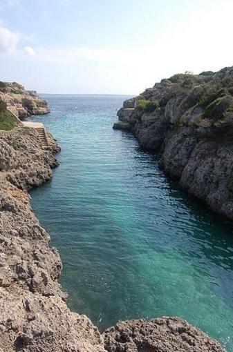 Playas virgenes de Calan Brut, Menorca, islas Baleares