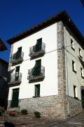 Casa tipica de Roncal, Navarra, España
