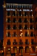 Fachada del Hotel La Perla en Pamplona, Navarra, España