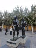 Escultura urbana en Logroño: Los Marchosos
