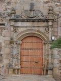 Iglesia de Aljucén, Portada renacentista